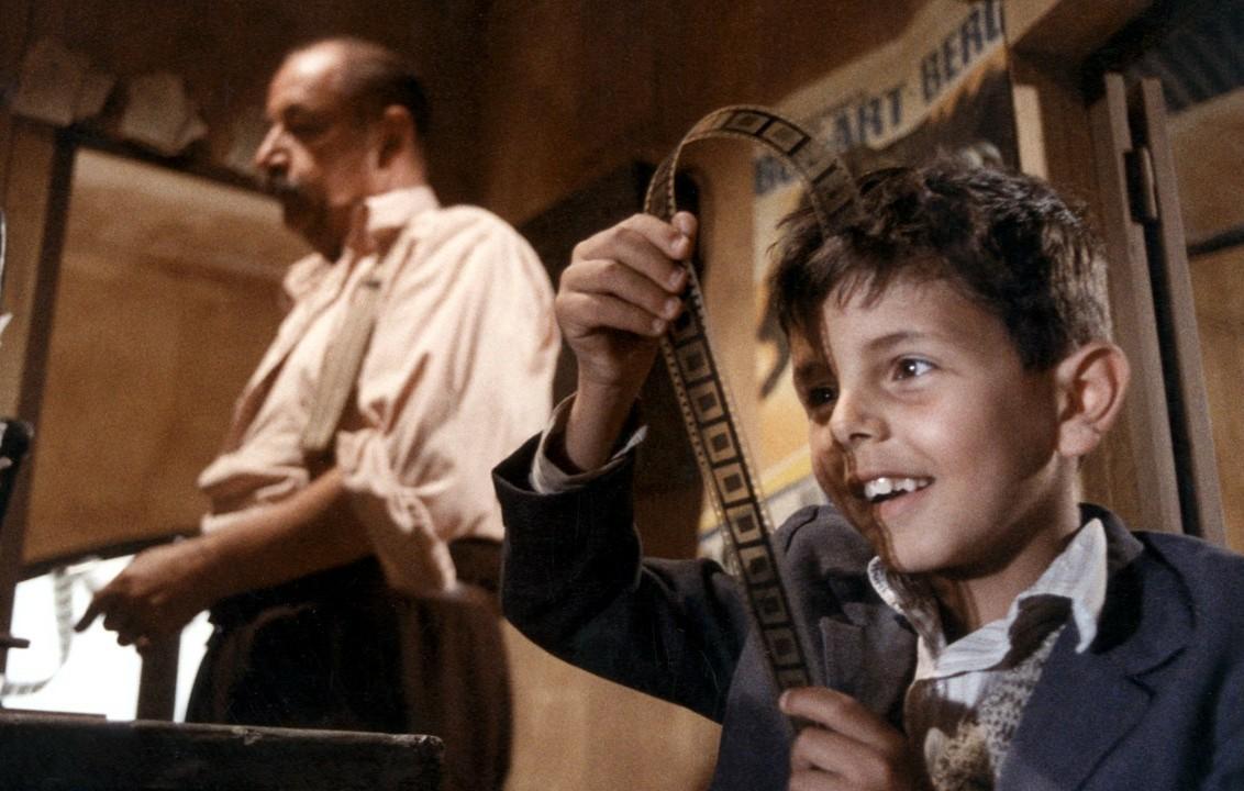 صد سال سینما صد فیلمنامه به مناسبت روز ملی سینما
