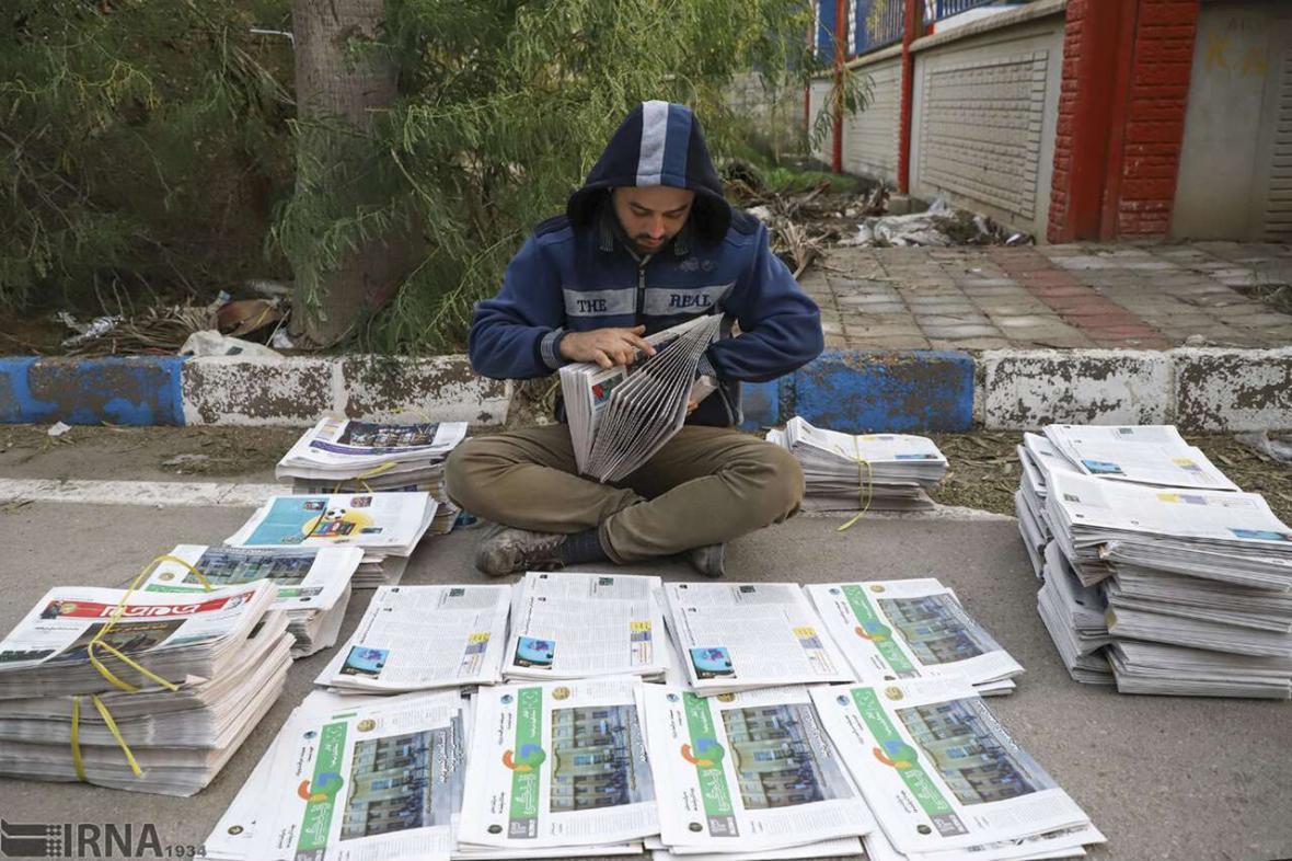 خبرنگاران آیا توقف چاپ روزنامه های کاغذی بحران ساز است